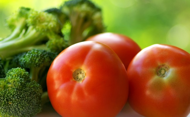 Broccoli and mature tomato.